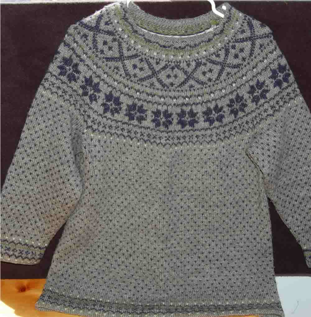 Knitting Patterns For Nordic Sweater : Tales from Buzz and Fuzz...: Nordic Knitting